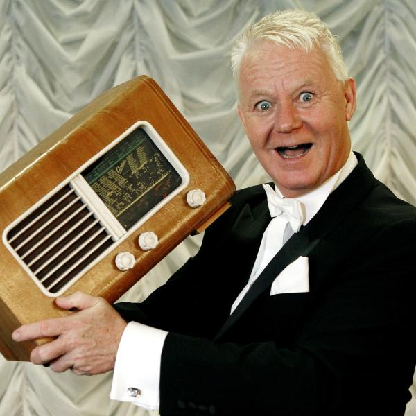 Jan Schou: Syng Dansk Show